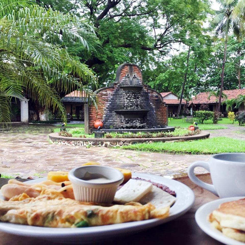 desayuno hotel gualiqueme